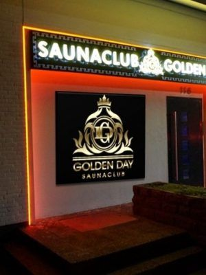 golden-day-22-300x400-jpg.3161 Saunaclub Golden Day 343