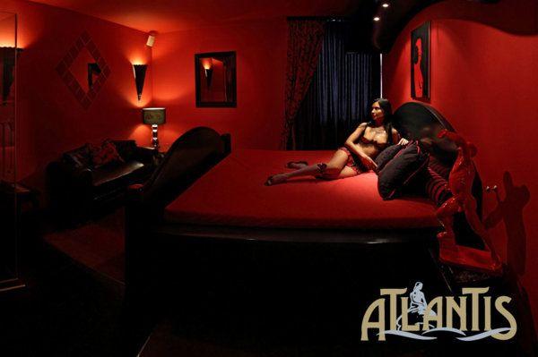 saunaclub_atlantis_zimmer_nr_8_rote_leidenschaft-jpg.2788|Saunaclub Atlantis|304